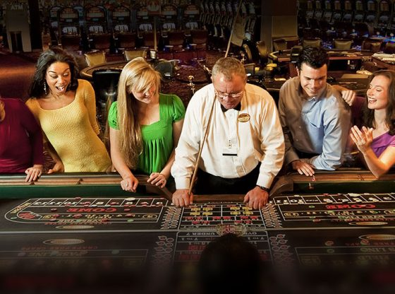 Winning at Roulette at the Table or online