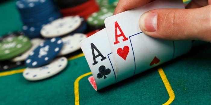 Exactly How to Play Online poker With Out Any Difficulty