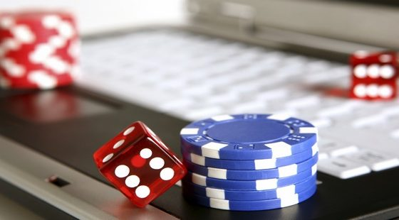 What Are The Differences Between Online Betting And Online Gambling?