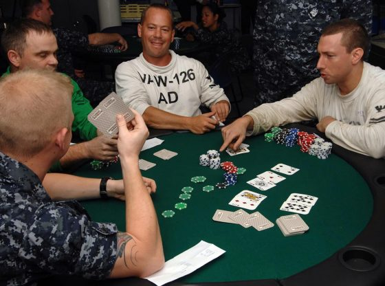 Online Poker Athletes Have To Make Use Of a Poker Probabilities Calculator