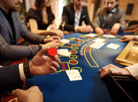 Warning Gambling Online
